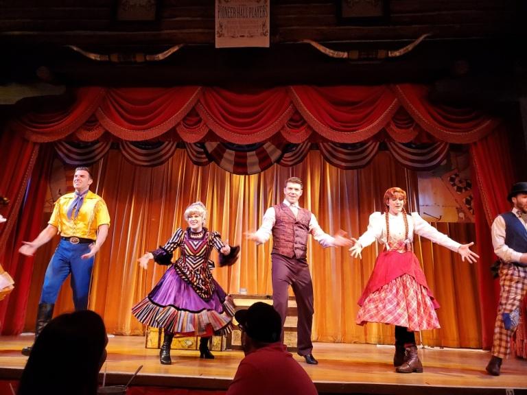 Cast of the Hoop De Doo Revue